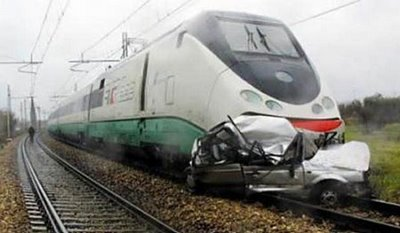 train-accident-into-a-car